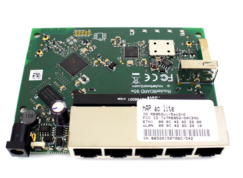 hAP ac Lite RB952Ui-5ac2nD: Dual-Concurrent 2.4/5GHz AP, 802.11ac, Five Ethernet ports, POE-out on port 5, USB for 3G/4G support 2